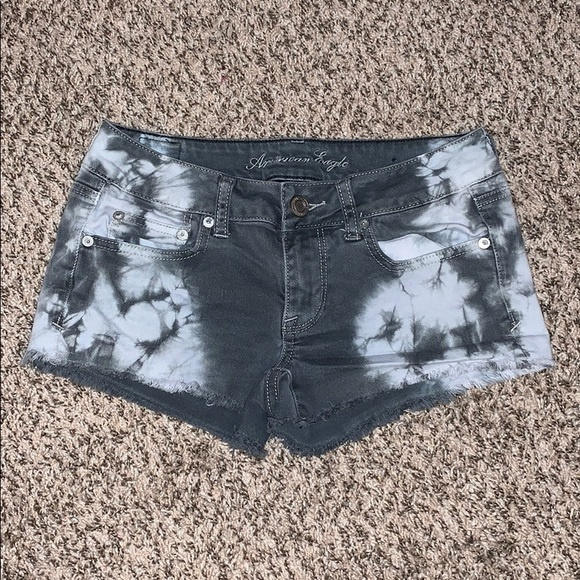 American Eagle Womens Red Tie Dyed Denim Stretch Jean Shorts 6